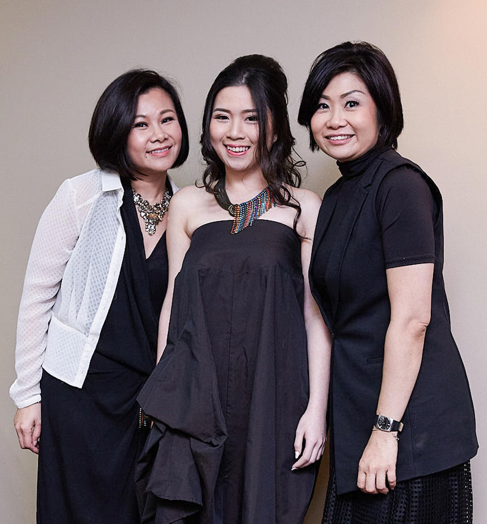 Singapore - Style - Coaching - Makeover team - three ladies smiling